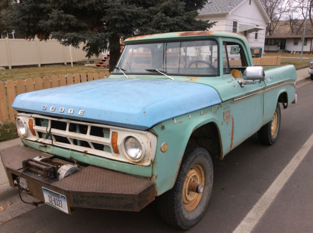 1969 Dodge Power Wagon