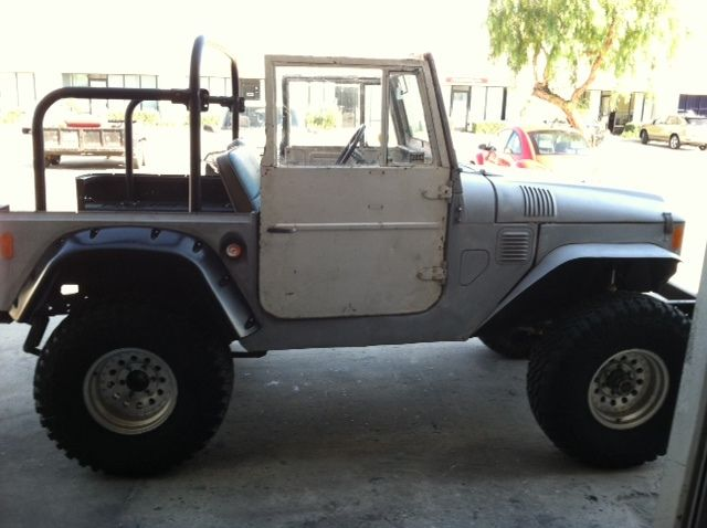 1969 fj 40 fj40 toyota land cruiser 4x4 suv off road vehicle for sale photos technical. Black Bedroom Furniture Sets. Home Design Ideas