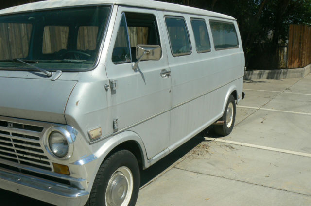 1969 Ford E-Series Van Club Wagon