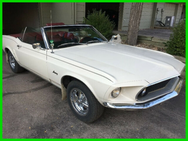 1969 Ford Mustang Automatic 2wd Convertible, 90,000 Original Miles, AM/FM Radio