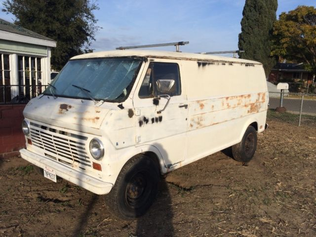 1969 Ford E-Series Van