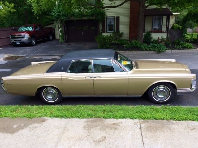 1969 lincoln continental classic suicide door 4dr sedan rare gold