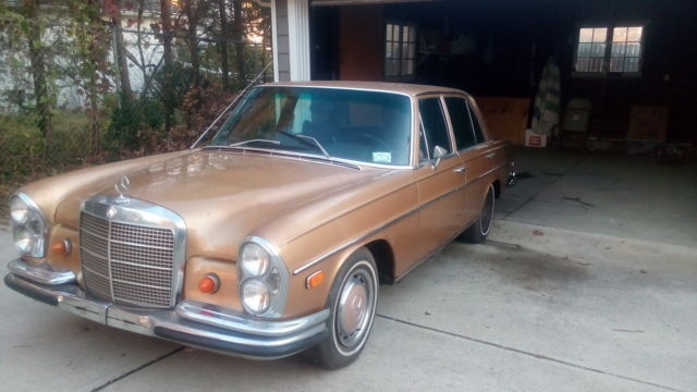 1969 Mercedes-Benz 200-Series 280S