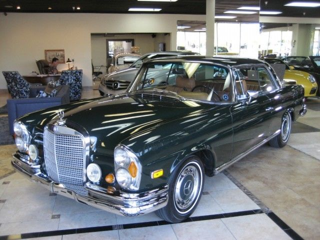 1969 Green Mercedes-Benz 200-Series COUPE with Tan interior