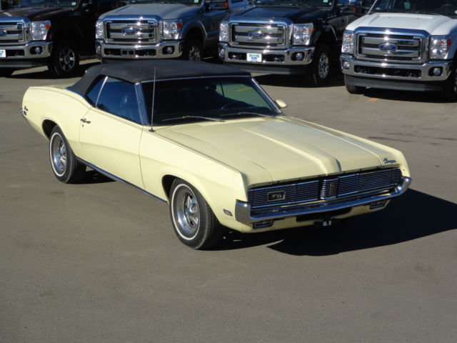 1969 Mercury Cougar XR-7