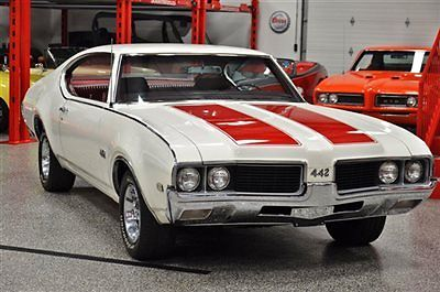 1969 Oldsmobile 442 442 2-Door Hardtop