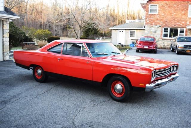 1969 Plymouth Road Runner COUPE 383 4bl 4-speed