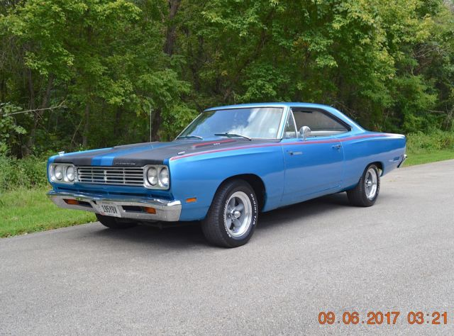 1969 Plymouth Road Runner NUMBERS MATCHING 383 ROADRUNNER