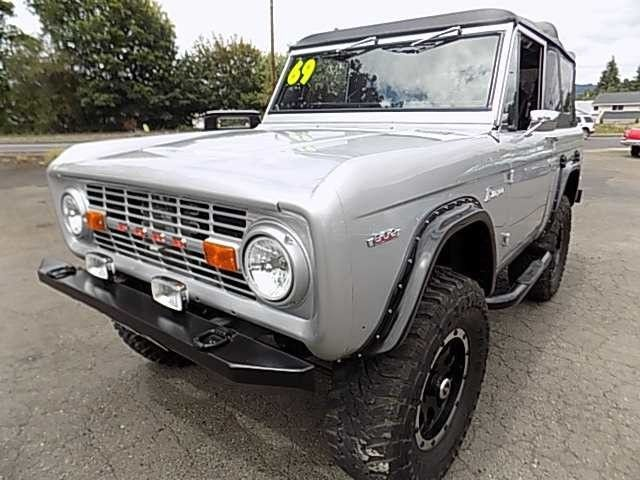 1969 Ford Bronco -Newberg Showroom