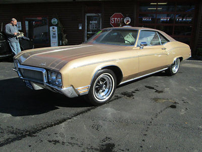 1970 Buick Riviera 2DR COUPE