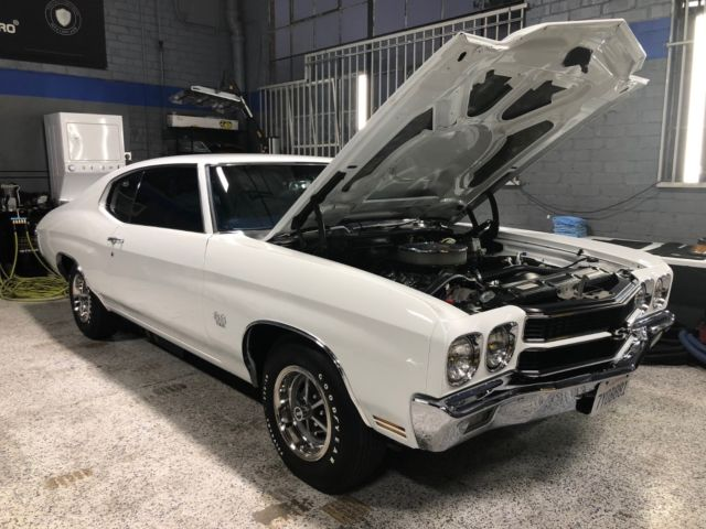1970 Chevelle 396 SS New VINTAGE A C Dakota Digital Custom FAST