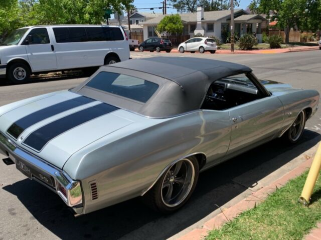 1970 Silver Chevrolet Chevelle Convertible with Black interior