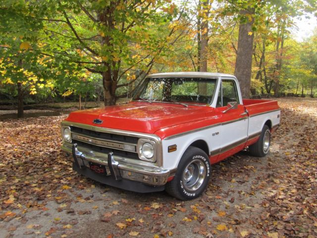 1970 Chevrolet C-10 orange/white