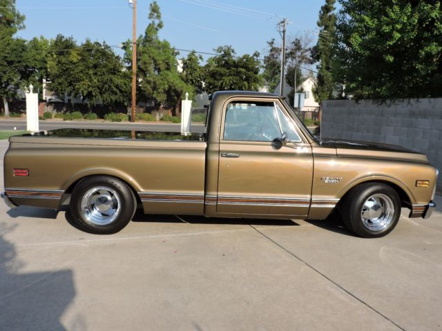 1970 Chevrolet C-10 Wood Grain