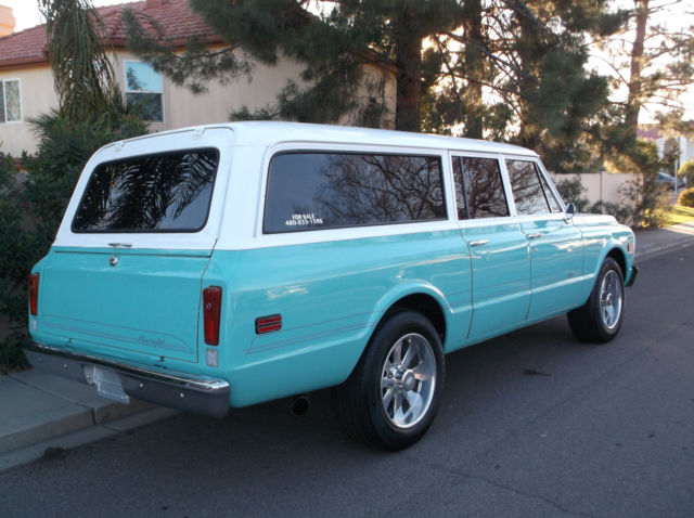 1970 Chevy Suburban for sale: photos, technical ...