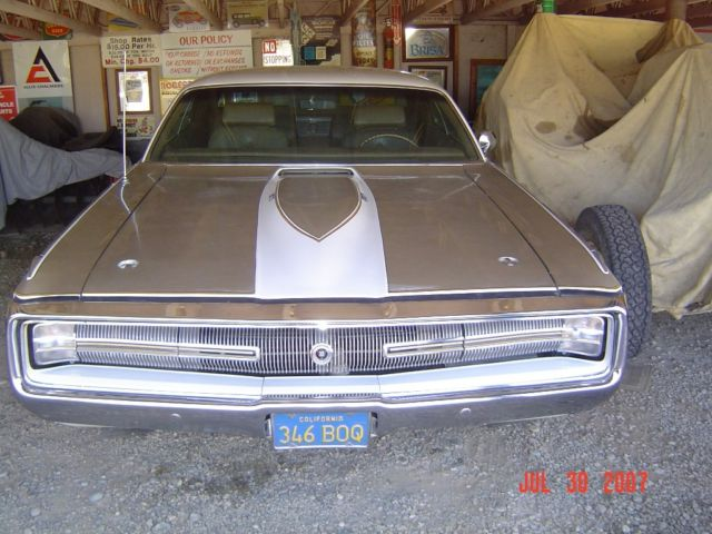 1970 Chrysler 300 Series fiberglass hood and trunk w-wing