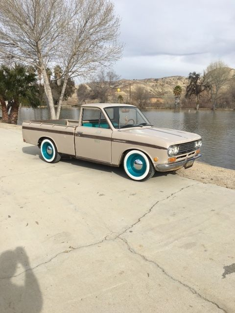 1970 Datsun 521 for sale: photos, technical specifications ...