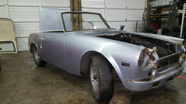 1970 Datsun Roadster 1600 SPL311 coupe convertible