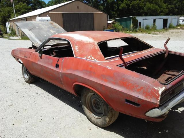 1970 dodge challenger parts project car for sale photos technical specifications description. Black Bedroom Furniture Sets. Home Design Ideas