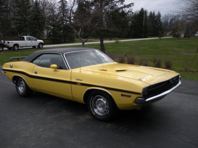 1970 dodge challenger r t w 440 six pack real r t for sale photos technical specifications. Black Bedroom Furniture Sets. Home Design Ideas
