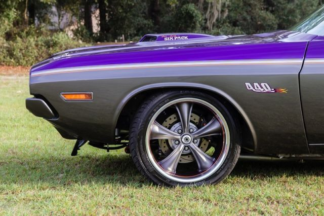 Dodge Challenger Sabercat Pro Touring