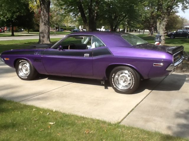 1970 dodge challenger t a one of one for sale photos technical specifications description. Black Bedroom Furniture Sets. Home Design Ideas