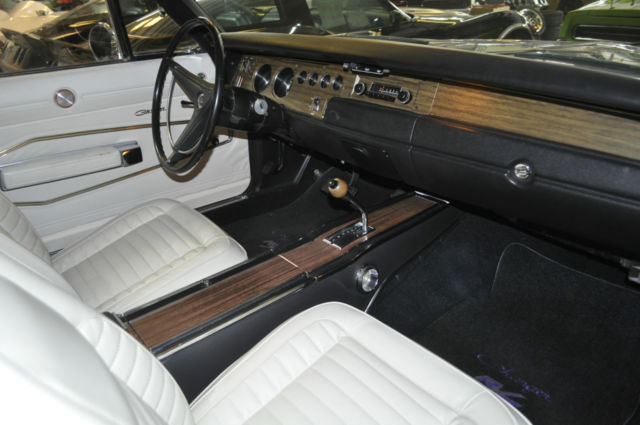 1970 dodge charger r t 440 high impact plum crazy white interior mint for sale photos. Black Bedroom Furniture Sets. Home Design Ideas