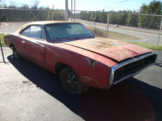 1970 dodge charger rt 440 south carolina barn find for sale photos technical specifications. Black Bedroom Furniture Sets. Home Design Ideas