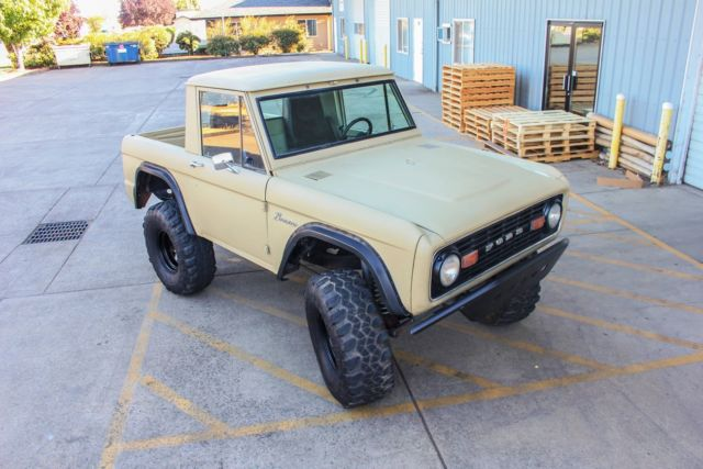 1970 ford early bronco lifted half cab 4x4 \