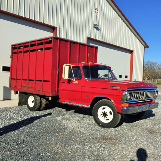 1970 Ford F350 Pickup 74590 Original Miles With Livestock
