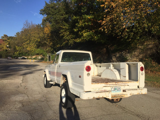 1970 White Jeep Other Custom Cab -- with Gray interior