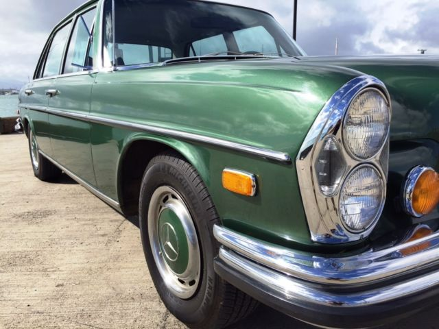 1970 Mercedes-Benz 200-Series 280SEL