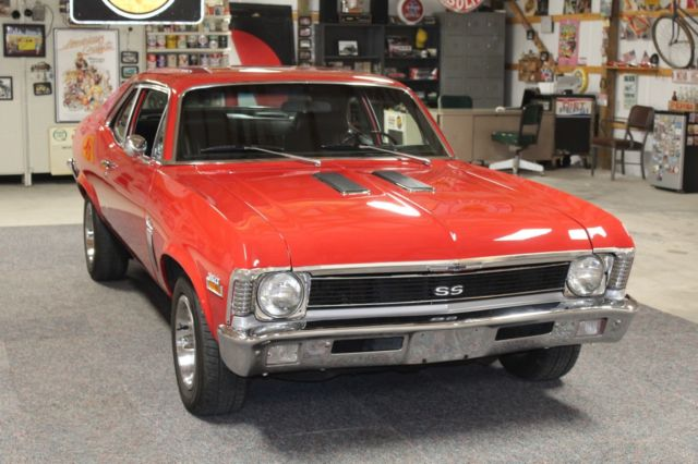 1970 Chevrolet Nova Cold AC, PS, PDB, Bucket Seats, Floor Shifter