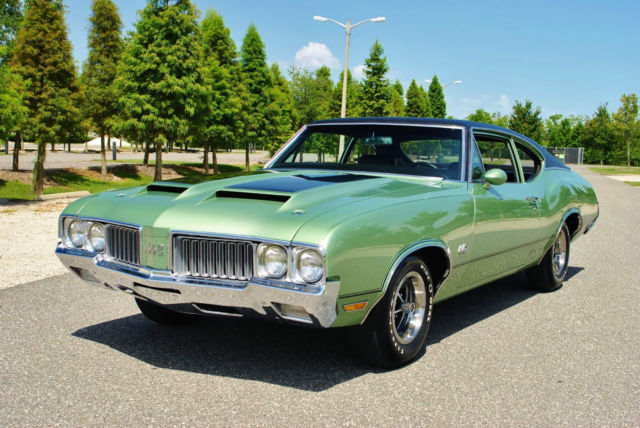 1970 Oldsmobile 442 Numbers Matching 455 V8 4-Speed Rare Post A/C