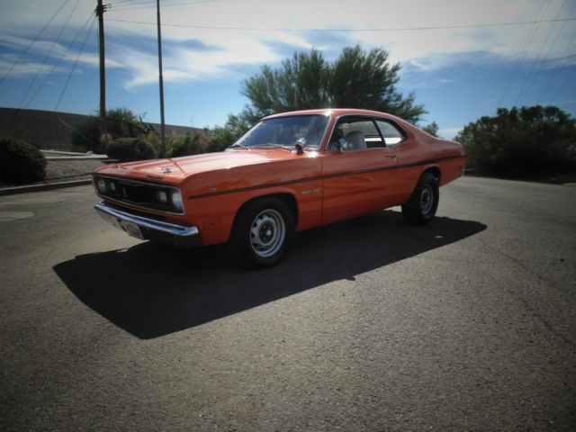 1970 Plymouth Duster 2 Door