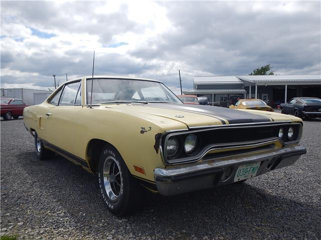 1970 Plymouth Road Runner Post Car