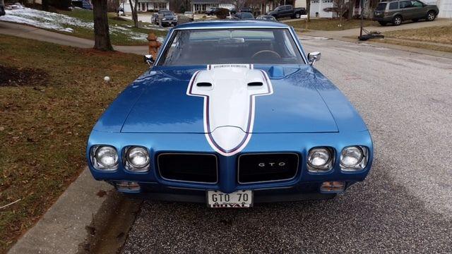 """1970 Pontiac GTO 2 Door HDTP """"Home For The Holidays"""" Movie"""