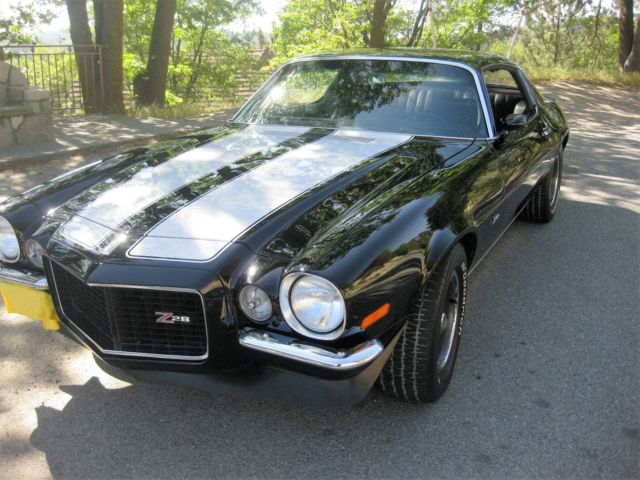 1970 rs z 28 camaro black white stripes 4spd for sale photos technical specifications description. Black Bedroom Furniture Sets. Home Design Ideas