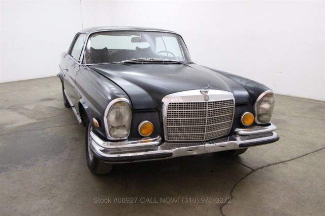 1971 Mercedes-Benz 200-Series 3.5 Coupe