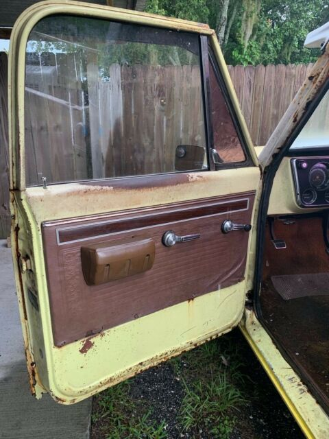 1971 Yellow Chevrolet C-10 Cheyenne Standard Cab Pickup with Brown interior