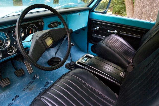1971 Chevrolet K5 Blazer  350 V8  4x4 4 Speed Manual  Restored Dry Climate Truck For Sale