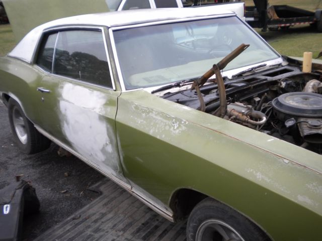 1971 Green Chevrolet Monte Carlo 2DR Coupe with Green interior