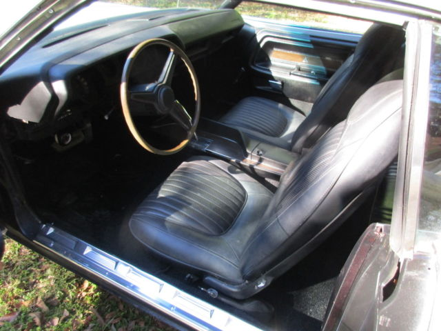 1971 Dodge Challenger Coupe with Black interior