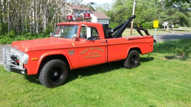1971 Dodge Power Wagon W200