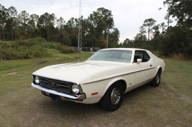 1971 Ford Mustang 2 Door Coupe 302 Call Now Must See