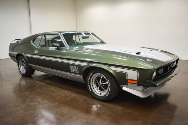 1971 Ford Mustang --