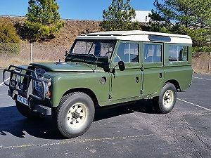1971 Land Rover Defender 109