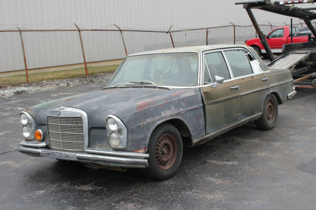 1971 mercedes 300sel 3 5l m116 parts car for sale for Mercedes benz cleveland area