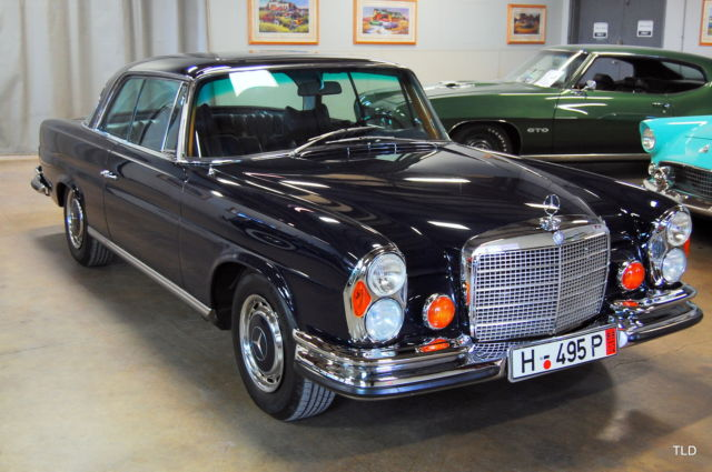 1971 Mercedes-Benz 200-Series 280 SE 3.5