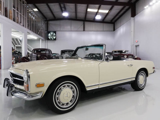 1971 Mercedes-Benz 200-Series 280SL Roadster, ONLY 17,300 ACTUAL MILES!